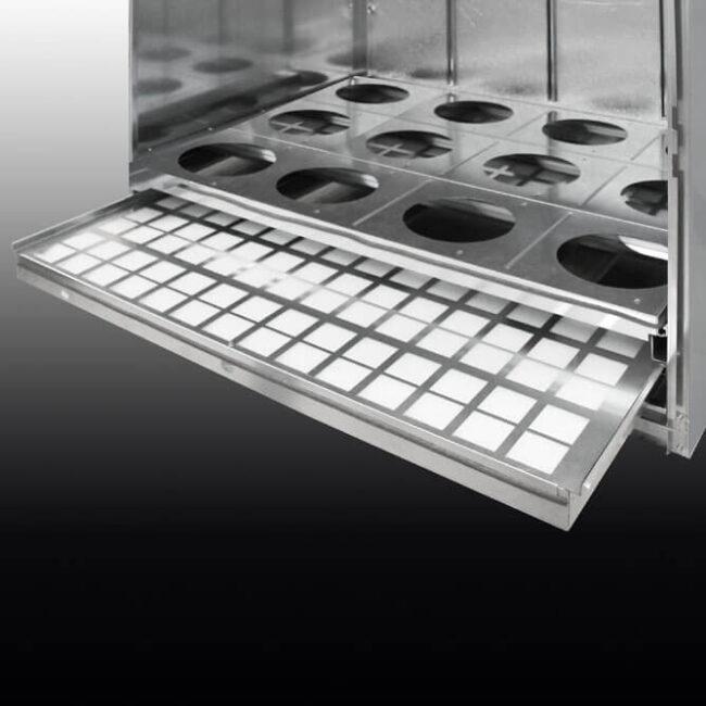 Luftreiniger. Praktische Schublade für den einfachen Filterwechsel.