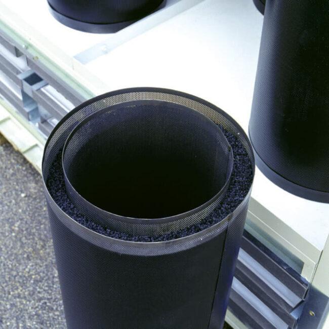 Luftreiniger. Aktivkohlekartuschen. Korrekte Dimensionierung zur Filterung von VOC.
