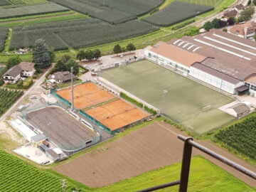 Impianto sportivo tennis calcio